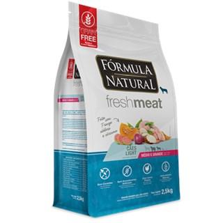 Ração Fórmula Natural Fresh Meat Ligth Sabor Frango Para Cães Adultos De Raças Médias e Grandes